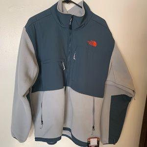 Men's The North Face Denali fleece jacket.